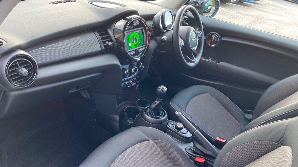 Image 6 - MINI Hatch (YG20XXS)