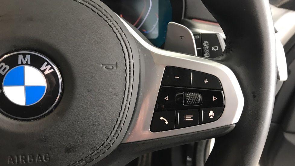 Image 18 - BMW 520d M Sport Touring (YB69VCJ)
