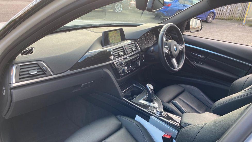 Image 6 - BMW 335d xDrive M Sport Saloon (MA17YDH)