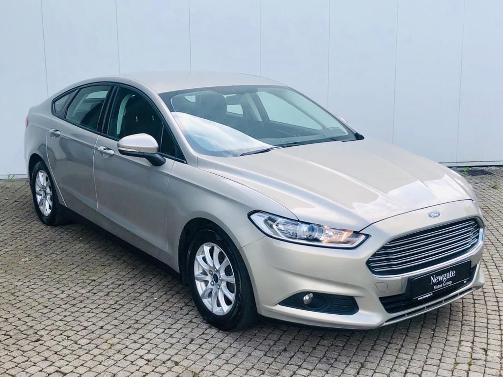 Used Ford Mondeo ZETEC 1.6 TDCI 115PS 4DR 5DR (2015 (152))