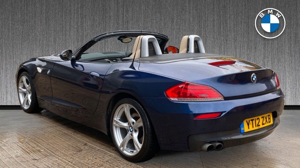 Image 2 - BMW sDrive20i M Sport Roadster (YT12ZXB)
