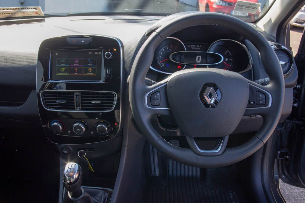 Used Renault Clio IV DYNAMIQUE NAV TCE 90 M 4DR (2019 (191))