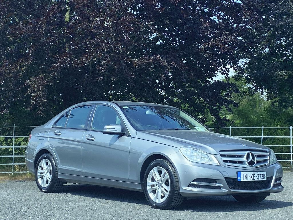 Mercedes-Benz C-Class 2.1 Elegance Saloon Diesel Automatic RWD (136bhp)