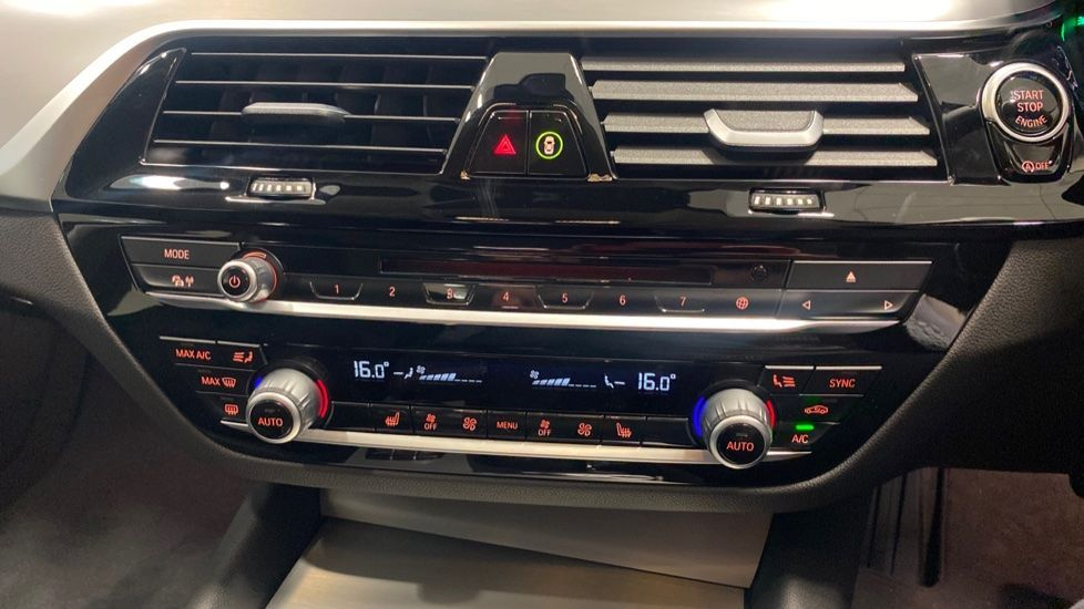 Image 21 - BMW 520d SE Touring (YC20VWA)