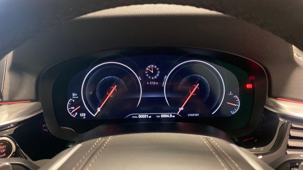 Image 9 - BMW 520d SE Touring (YC20VWA)