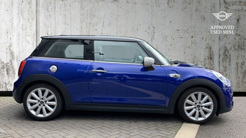 Image 3 - MINI Hatch (PE69VDT)