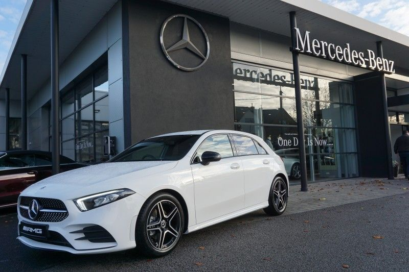 Mercedes-Benz A-Class *ALL NEW** 200p Manual -AMG NIGHT PACK-