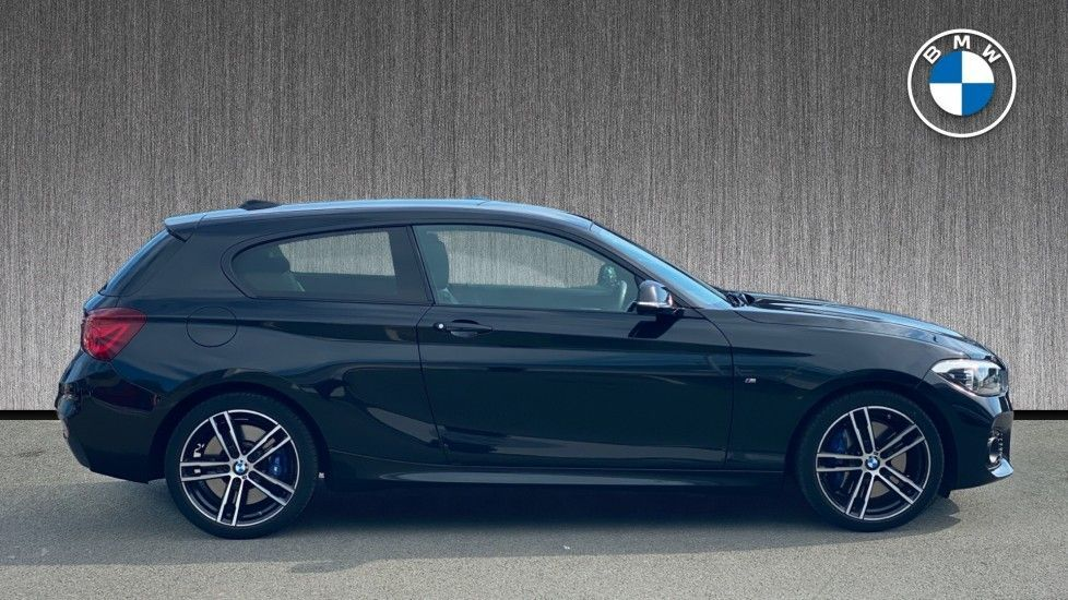 Image 3 - BMW 1.5 118i GPF M Sport Shadow Edition Sports Hatch 3dr Petrol Auto (s/s) (136 ps) (BW19KBU)