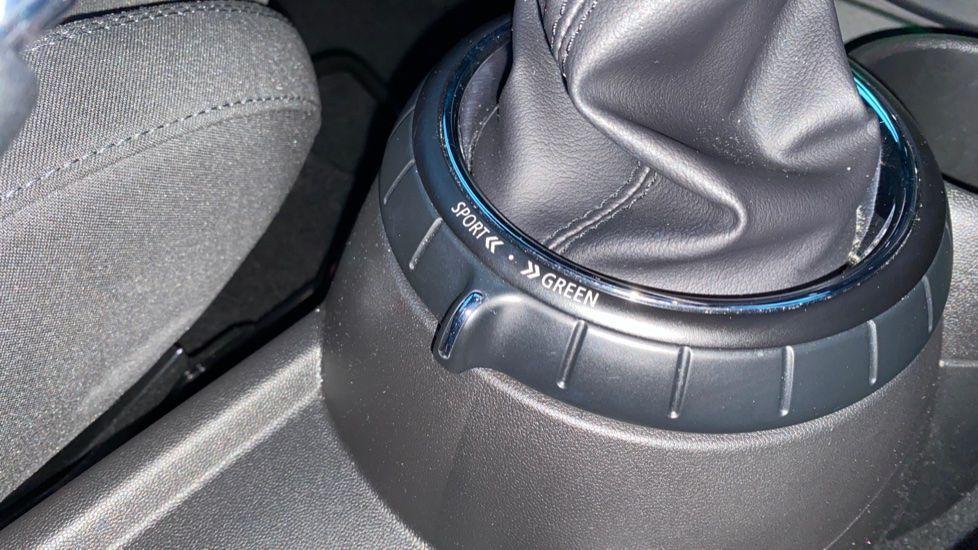 Image 19 - MINI Hatch (WD16VGX)