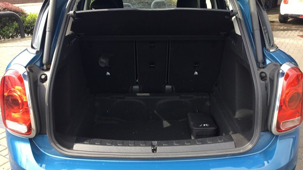 Image 13 - MINI Countryman (CX67RKV)
