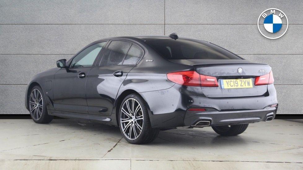 Image 2 - BMW 530e M Sport iPerformance Saloon (YC19ZYW)