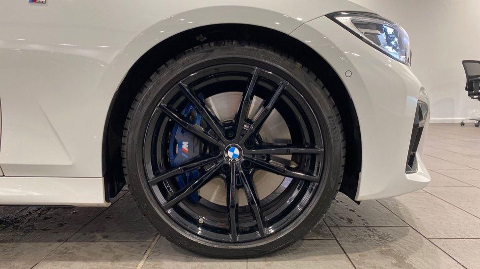 Image 14 - BMW M340i xDrive Saloon (DE20WBD)