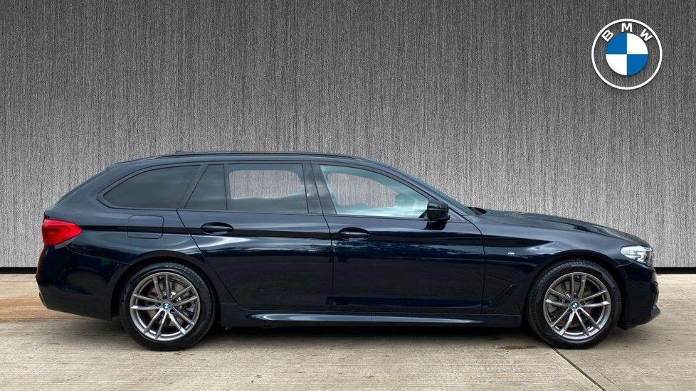 Image 3 - BMW 520d M Sport Touring (YD69ADN)