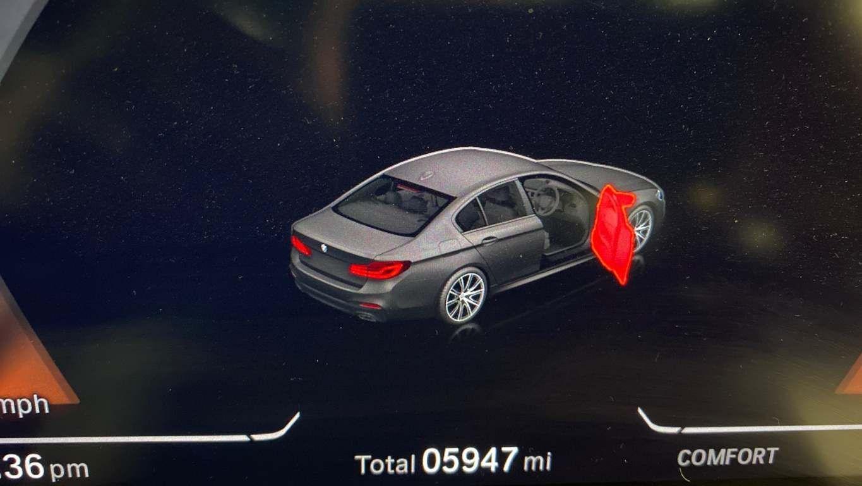 Image 24 - BMW 520d M Sport Saloon (YA69FKW)
