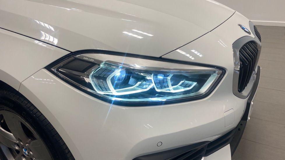 Image 20 - BMW 116d SE (YC69DVK)
