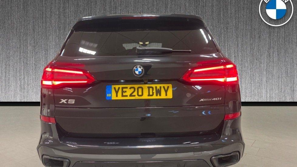 Image 15 - BMW xDrive40i M Sport (YE20DWY)
