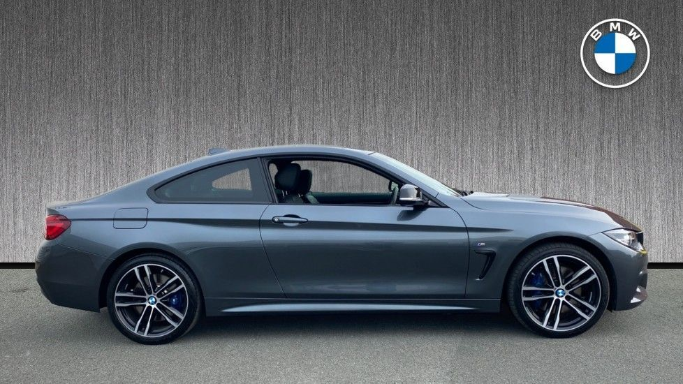 Image 3 - BMW 420i xDrive M Sport Coupe Auto (YG20JUF)