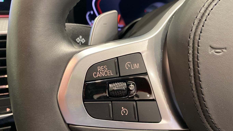 Image 23 - BMW 520d M Sport Saloon (YA69FKW)