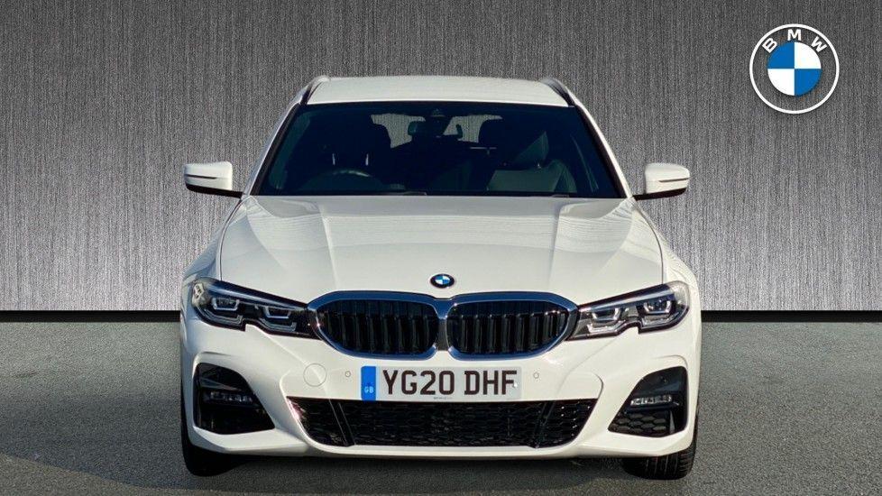 Image 16 - BMW 320i M Sport Touring (YG20DHF)