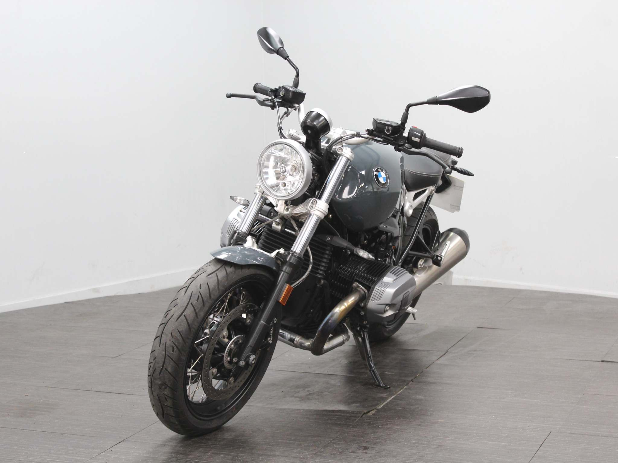 BMW R nineT Pure Images