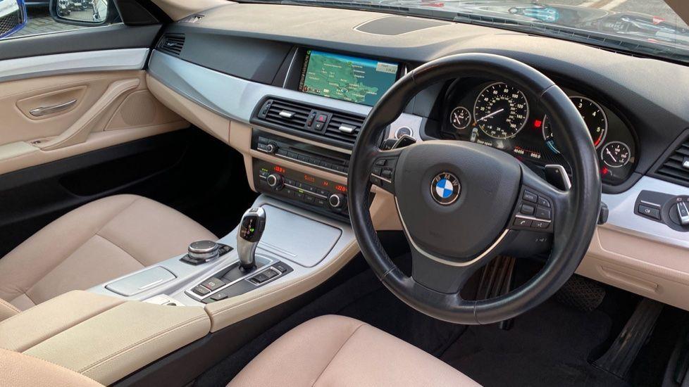 Image 6 - BMW 520d SE Touring (YF65WWD)