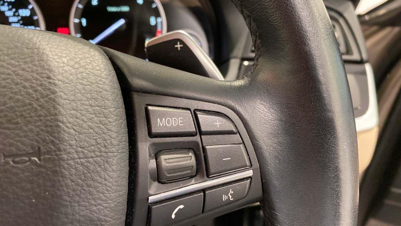 Image 11 - BMW 520d SE Touring (CY16SXZ)