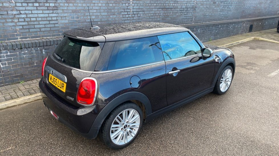 Image 24 - MINI Hatch (MJ65LUR)