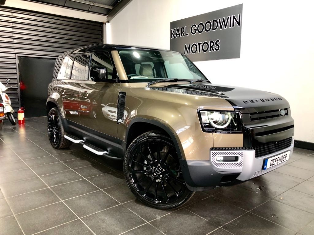 Land Rover Defender FIRST EDITION 7 SEATER 240 BHP HUGE SPEC