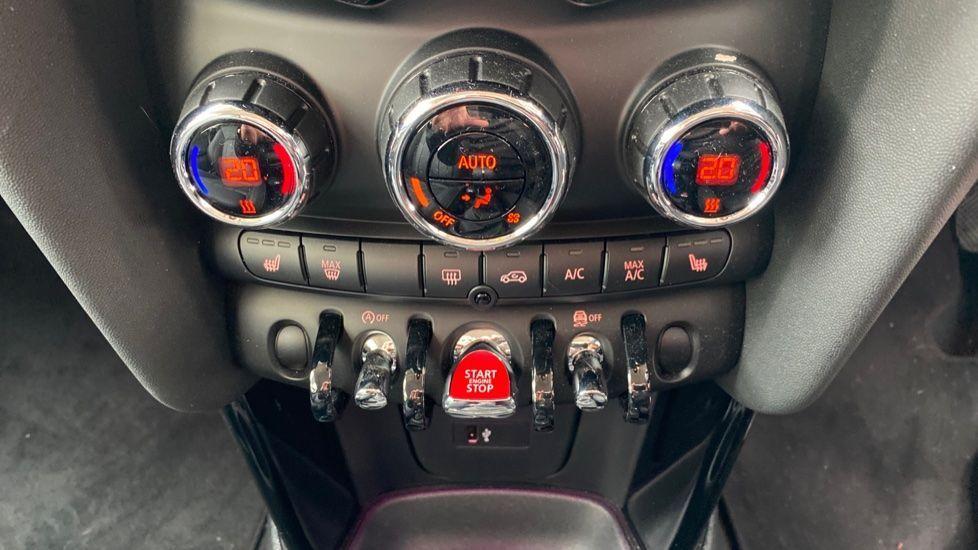 Image 20 - MINI Hatch (DK20JZR)