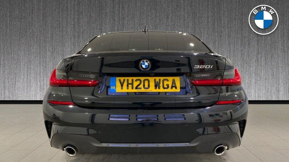 Image 15 - BMW 320i M Sport Saloon (YH20WGA)