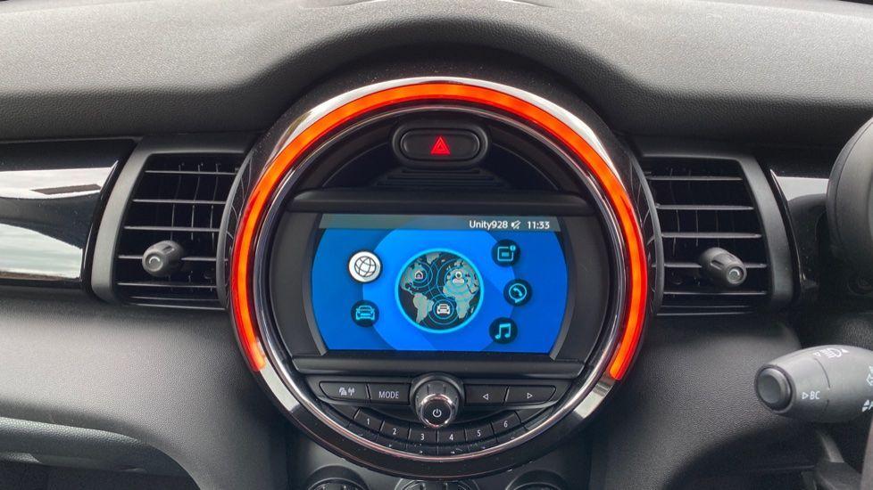Image 7 - MINI Hatch (MX69WRG)