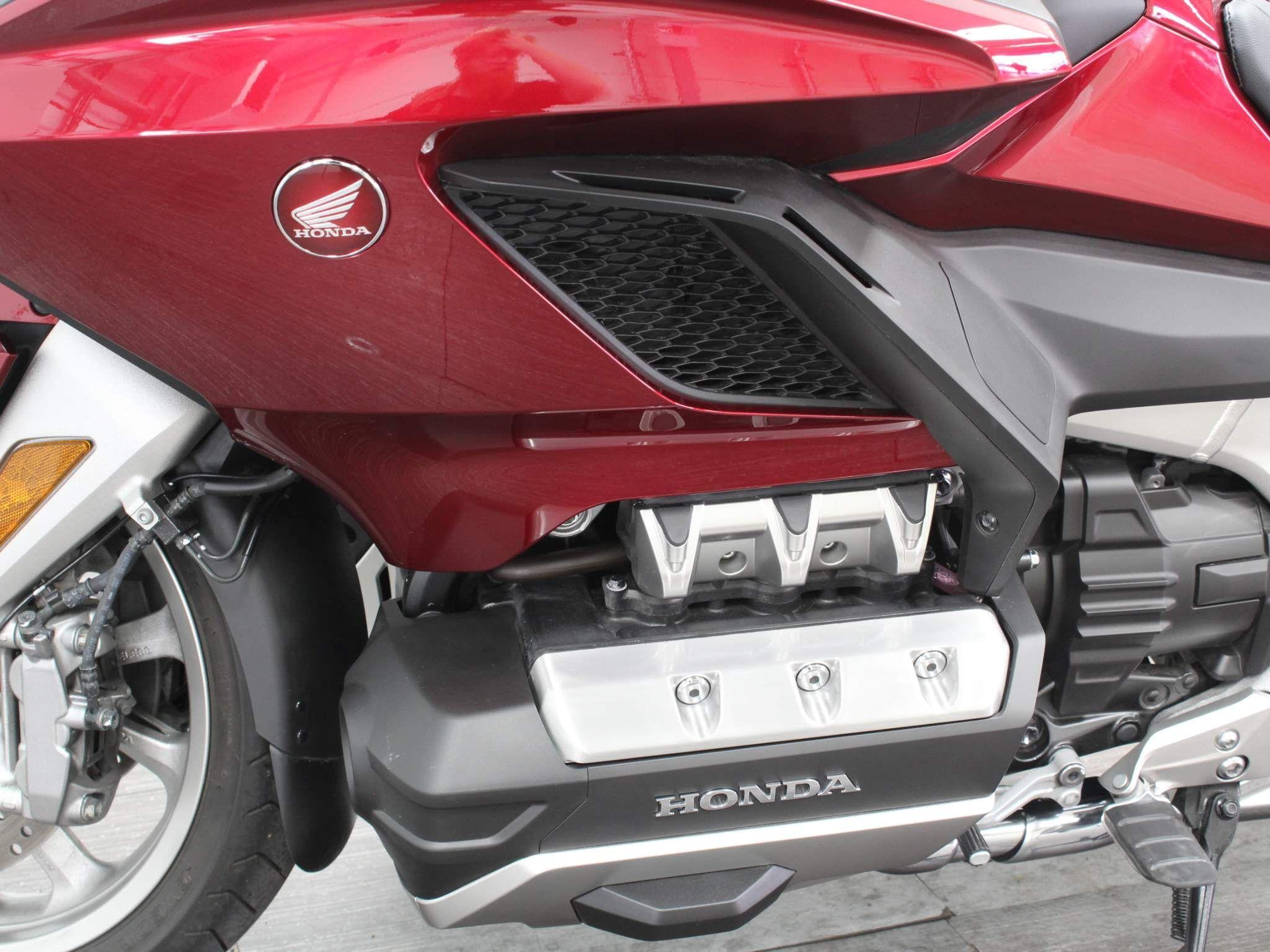 Honda GL1800 Goldwing Images