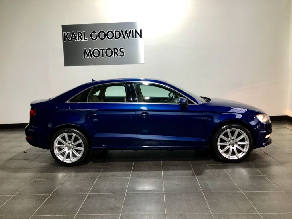 Used Audi A3 1.6 TDI 105 ST 4DR AUTOMATIC LOW MILES (2014 (141))
