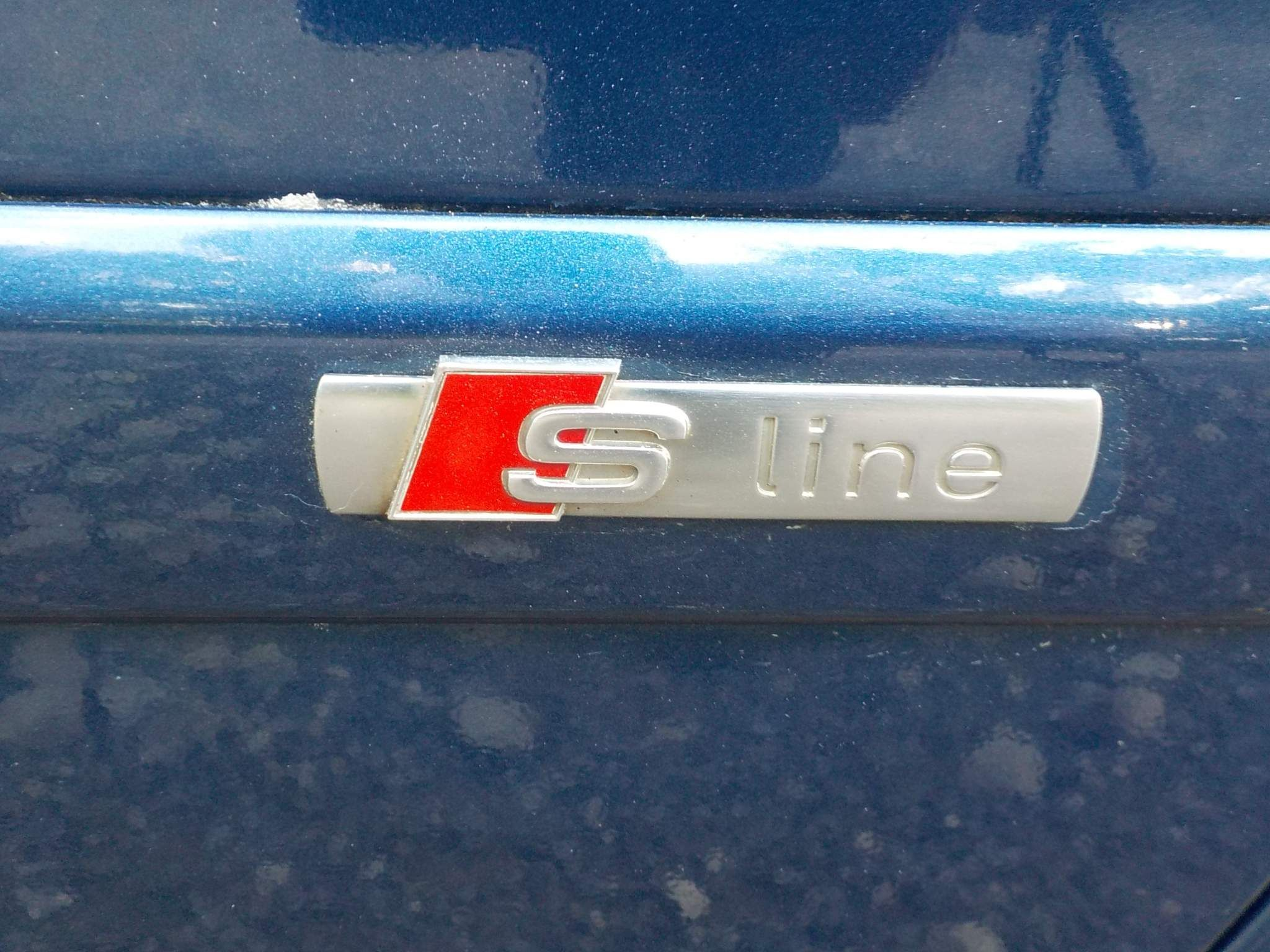 Audi A4 2.0 TDI S line 4dr