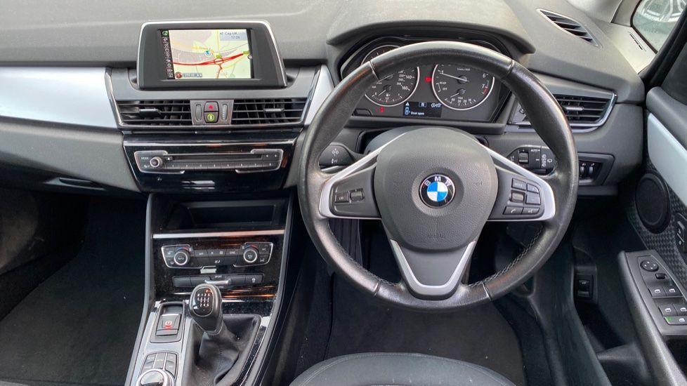 Image 8 - BMW 218i SE Active Tourer (DC66GVL)