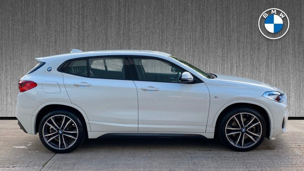 Image 3 - BMW sDrive20i M Sport (MF69JNV)