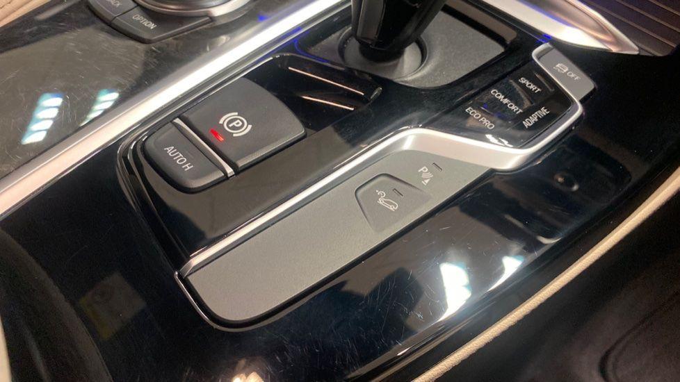 Image 20 - BMW xDrive30d M Sport (PJ20RLZ)