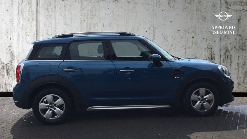 Image 3 - MINI Countryman (CX67RKV)
