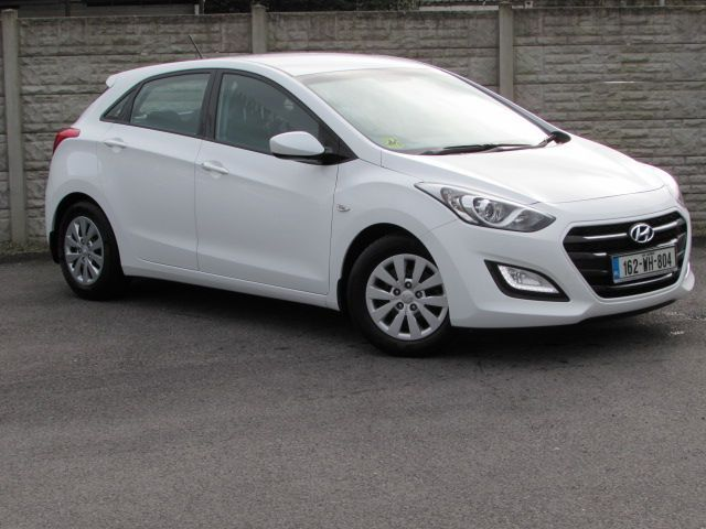 Hyundai i30 CLASSIC 1.4 PETROL 11,000 KMS WITH UNLIMITED MILEAGE WARRANTY UNTIL 2021 ANY TRADE IN WELCOME.