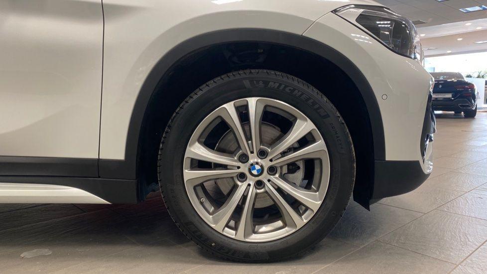 Image 14 - BMW sDrive18i Sport (YH20PYY)