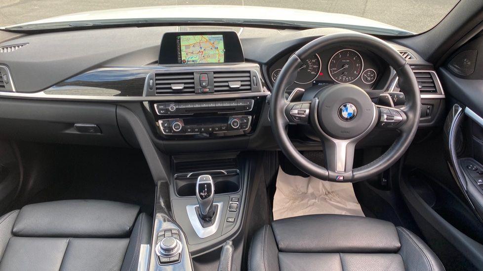 Image 4 - BMW 335d xDrive M Sport Saloon (MA17YDH)