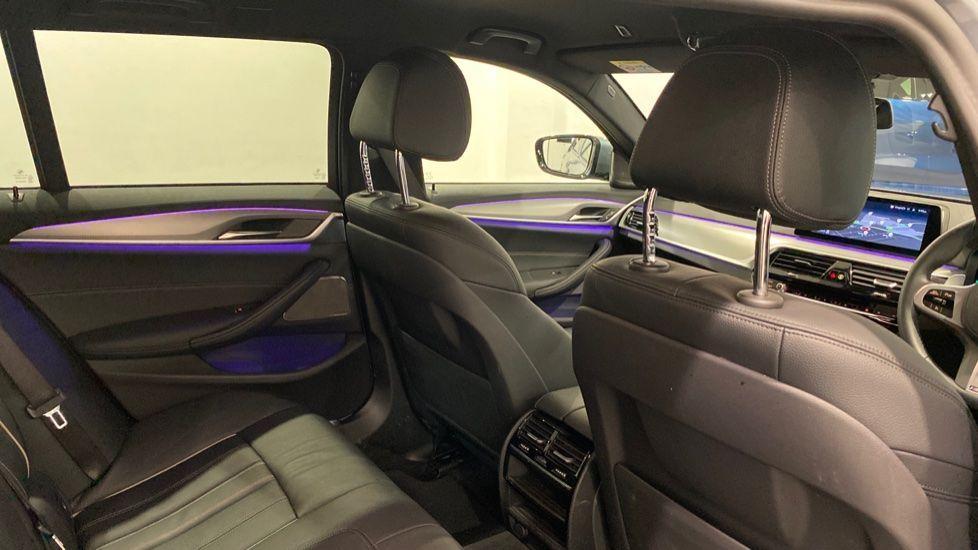 Image 11 - BMW 520d M Sport Touring (DE70OYW)