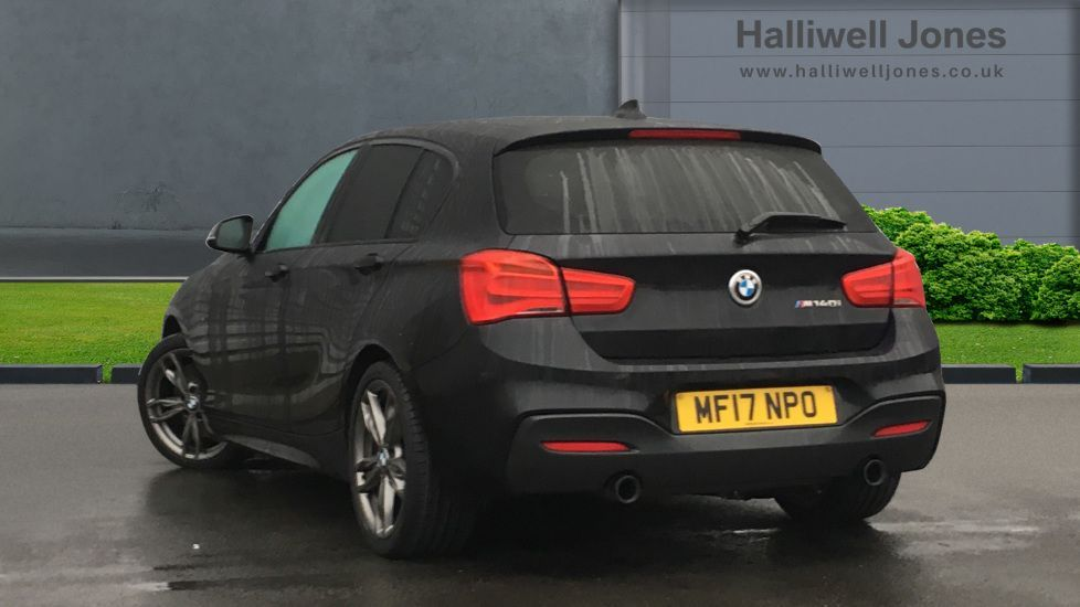 Image 2 - BMW M140i 5-door (MF17NPO)