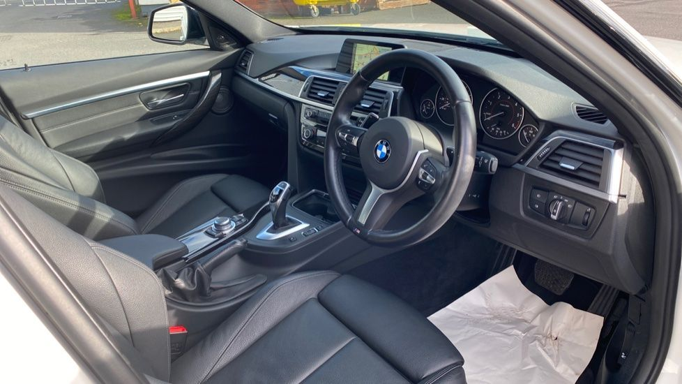 Image 5 - BMW 335d xDrive M Sport Saloon (MA17YDH)