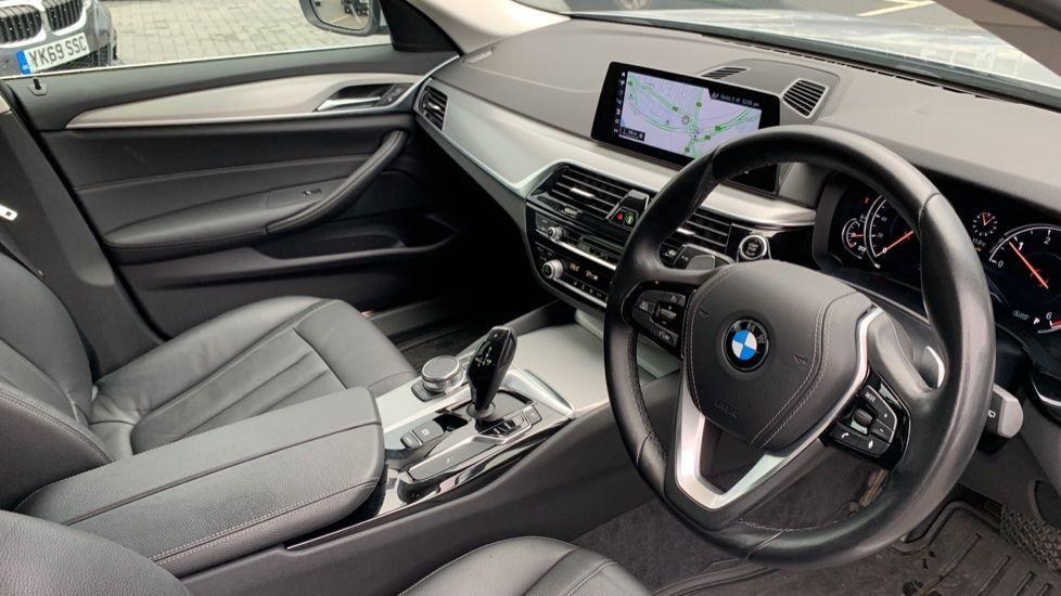 Image 5 - BMW 520d xDrive SE Touring (CY67FUD)