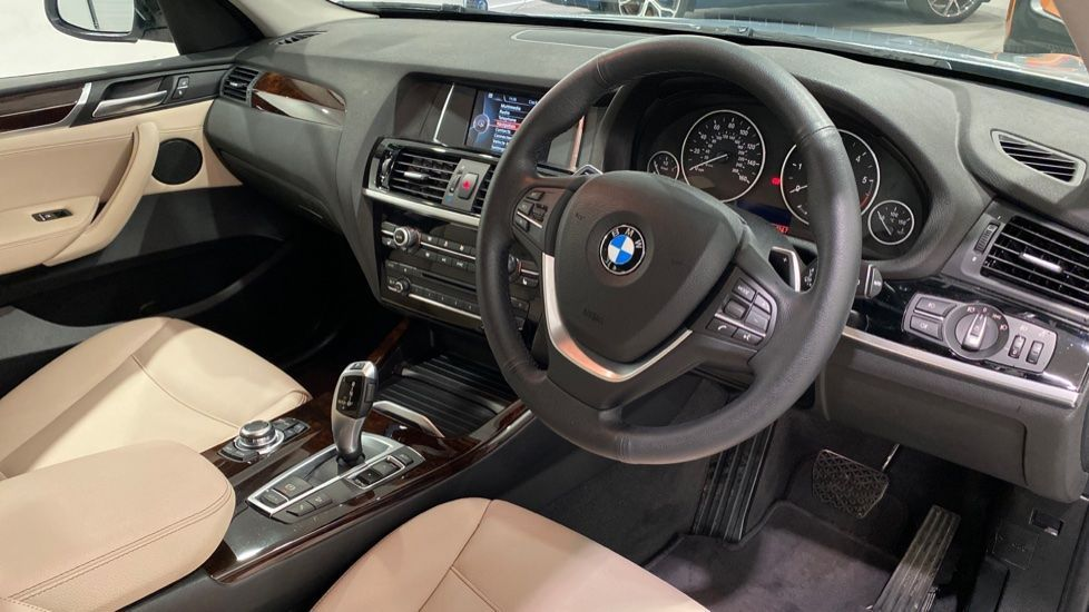 Image 4 - BMW xDrive20d xLine (DA17EEF)