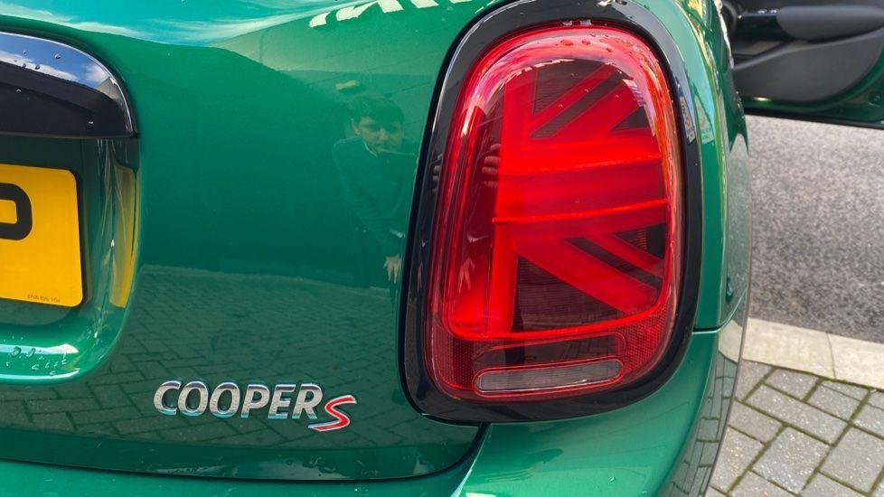 Image 20 - MINI Hatch (PE20UEP)