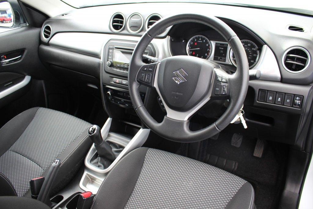 Suzuki Vitara 1.6 SZ4 5DR