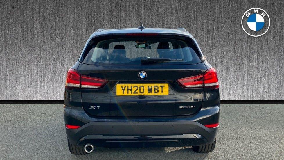Image 15 - BMW sDrive18i Sport (YH20WBT)