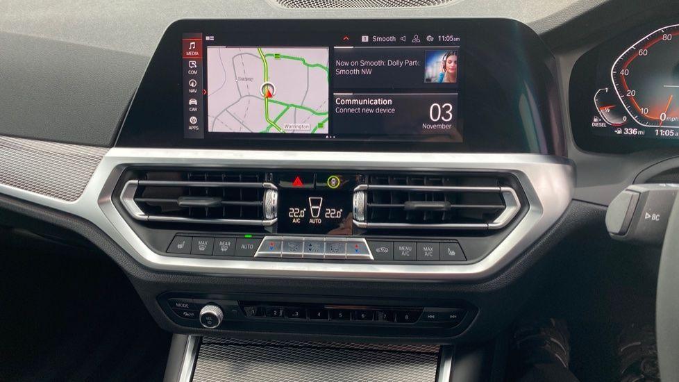 Image 7 - BMW 320d M Sport Saloon (DA20XXH)